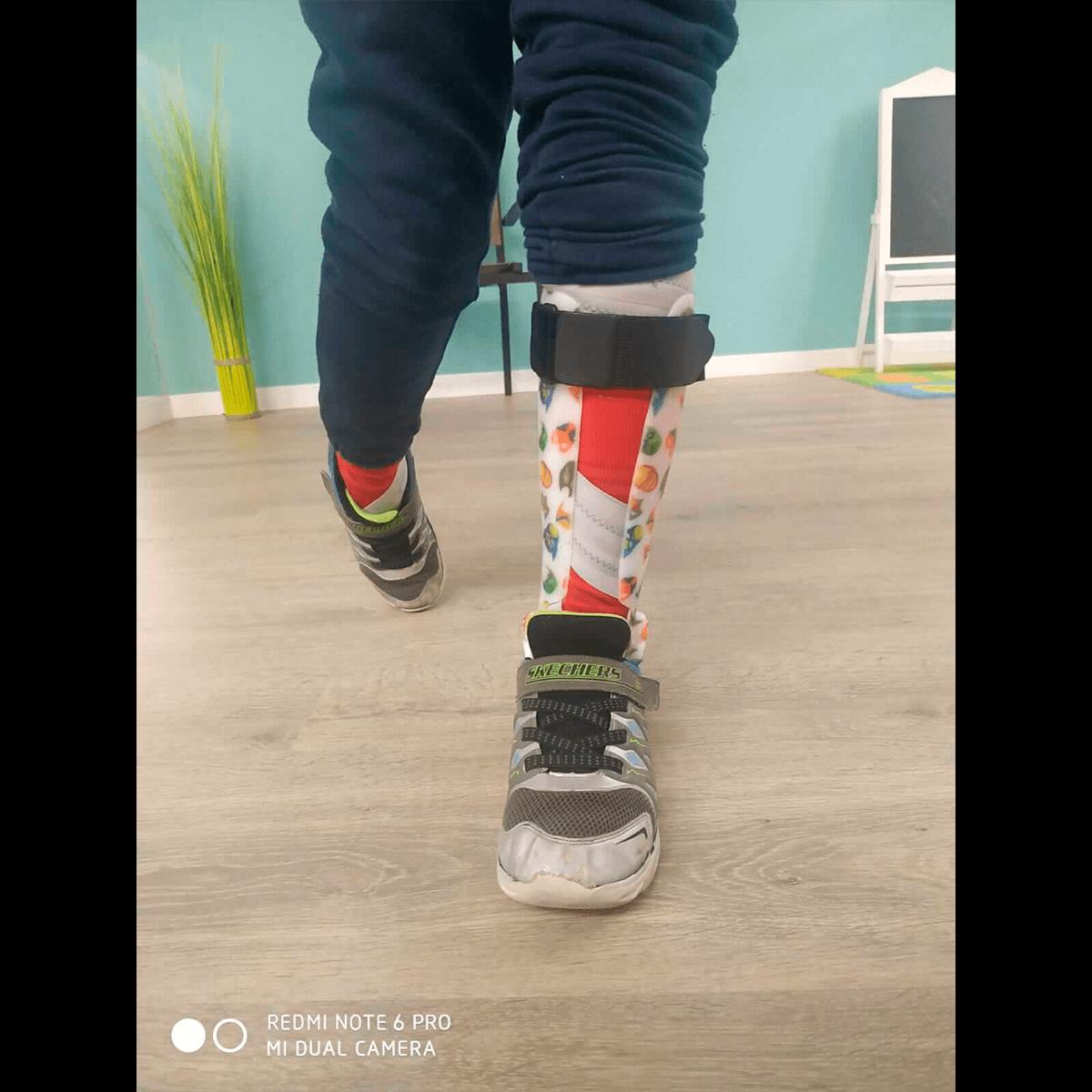 Órtesis con sistema dorsiflexor de tobillo 3